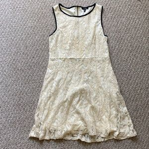 Lace cream cocktail dress